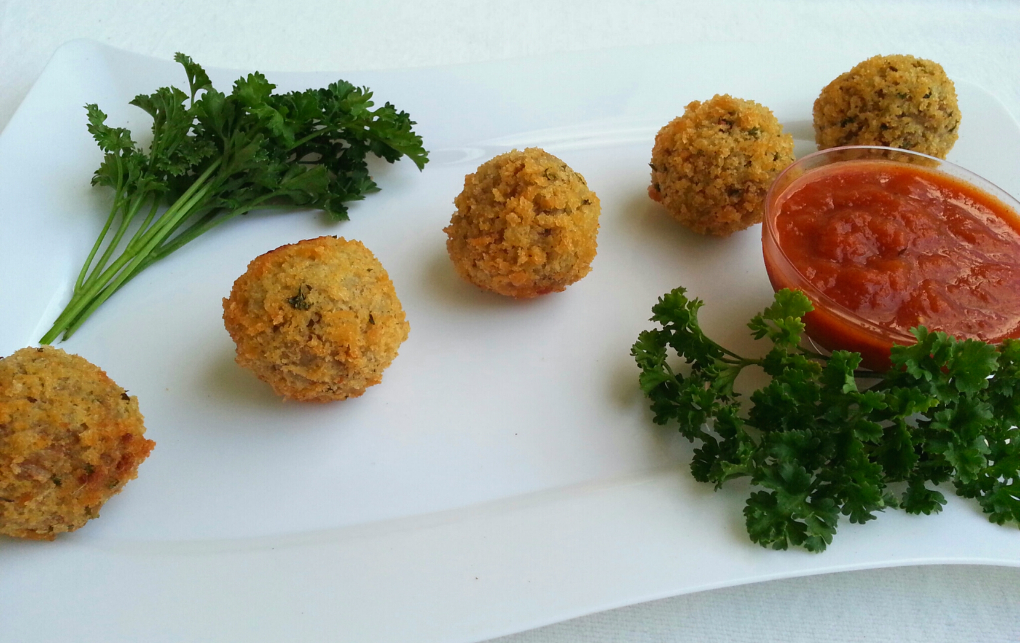 Breaded Meatballs with Mozzarella Center